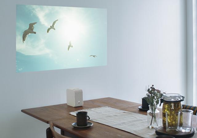 画像3: http://www.sony.jp/video-projector/products/LSPX-P1/