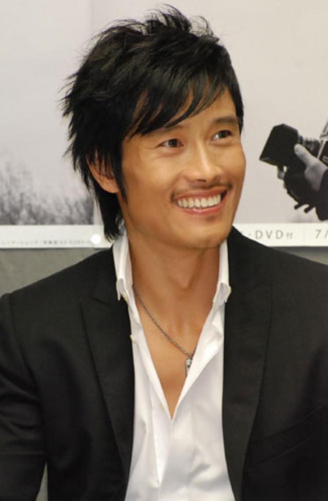 画像: http://www.oricon.co.jp/news/46309/photo/4/