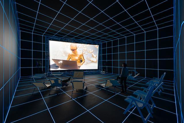 画像: Installation view: Political Populism, Kunsthalle Wien 2015, Photo: Jorit Aust: Hito Steyerl, Factory of the Sun, 2015, Courtesy the artist and KOW, Berlin