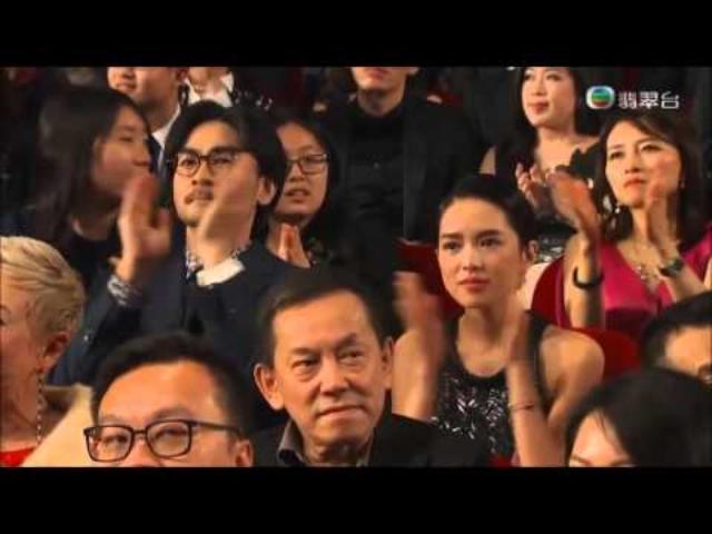 画像: 香港電影金像獎 爾冬陞發言(連《十年》得獎片段) www.youtube.com