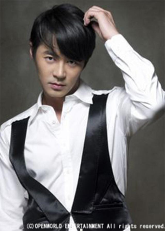 画像: チョンジン http://www.wowkorea.jp/news/newsread_image.asp?imd=49329
