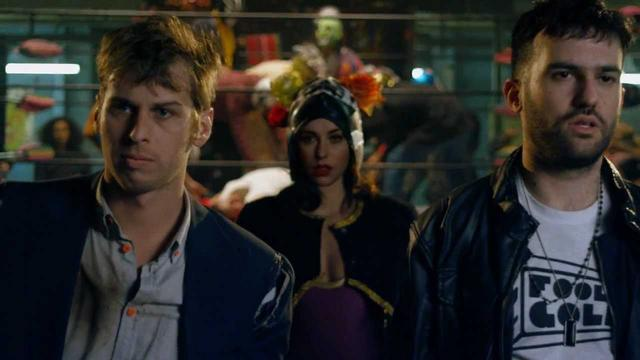 画像: Warrior Official Video - Mark Foster, A-Trak, and Kimbra youtu.be