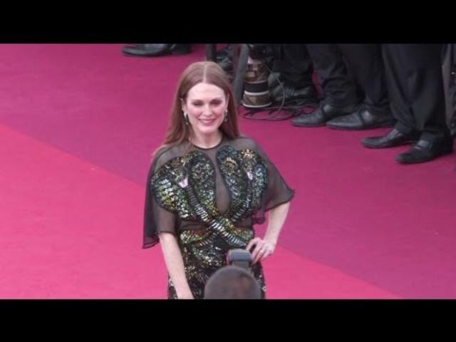画像: Julianne Moore Susan Sarandon, Naomi Watts and more attend the Opening Ceremony of the Cannes Film F youtu.be