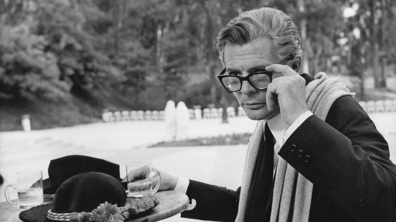 画像: Federico Fellini - 8 1/2 (New Trailer) - In UK cinemas 1 May 2015 | BFI Release youtu.be