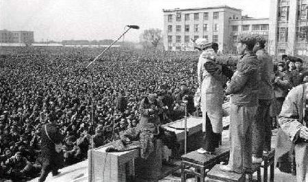 画像: 文化大革命時代の中国 http://ameblo.jp/tokyobear/entry-10411322528.html