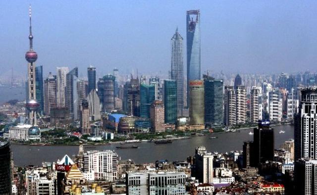 画像: 上海の街並み http://j.people.com.cn/94476/7353601.html
