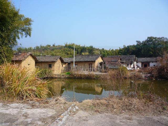 画像: 中国農村部「水口村」の風景 http://blogs.yahoo.co.jp/mqhdq538/63582615.html