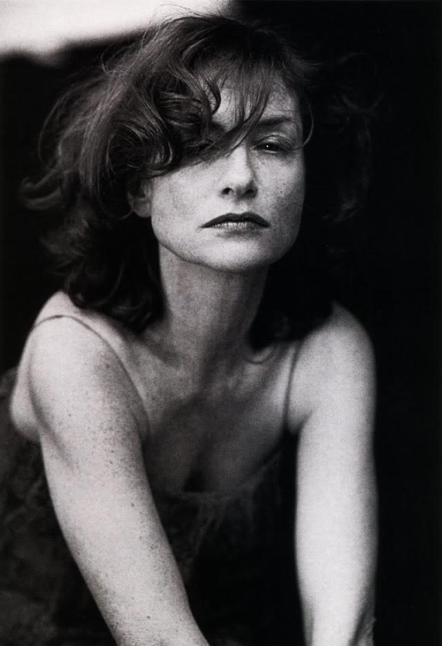画像: イザベル・ユペール https://mubi.com/lists/isabelle-huppert