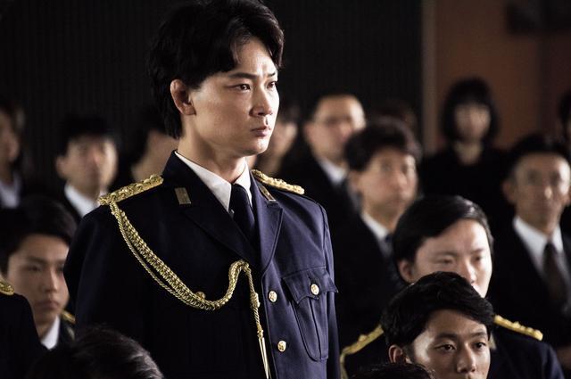 画像4: ©2016「日本で一番悪い奴ら」製作委員会