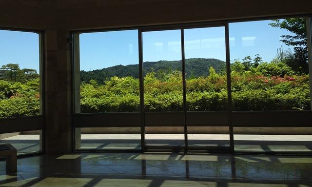 画像: 現代の桃源郷とも言えるMIHO MUSEUMで『極(きわみ) 大茶の湯釜展-茶席の主―』開催!