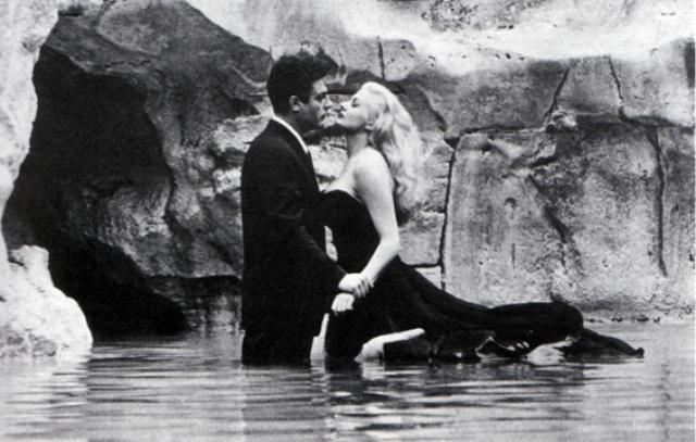 画像: 映画「甘い生活」(1960)監督:フェデリコ・フェリーニ ja.wikipedia.org