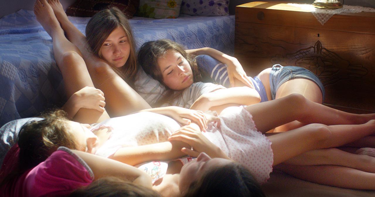 画像: 映画『裸足の季節』オフィシャルサイト