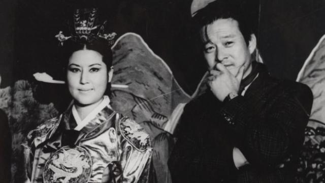 画像: https://thefilmstage.com/reviews/sundance-review-the-lovers-and-the-despot/