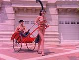 画像: Sensual Exposure『センシュアル・エクスポージャー』1993 ※アンドリュー・ブレイク監督。1950年代のジョン・ウィリーのボンデージ・イラストに想を得たシーン。