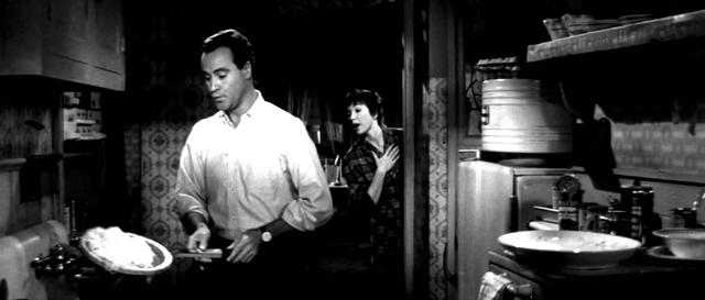 画像: The Apartment (1960) - trailer www.youtube.com