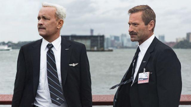 画像: First Look at Tom Hanks as Sully in the Clint Eastwood Film