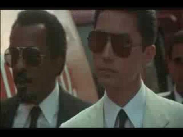 画像: YEAR OF THE DRAGON - Trailer ( 1985 ) youtu.be