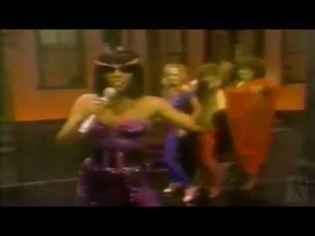 画像: Donna Summer: Bad girls (Official Video) youtu.be