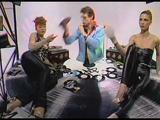画像: M - Pop Muzik (Official Video) youtu.be