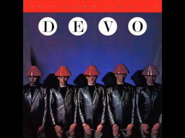 画像: Devo - Whip It youtu.be