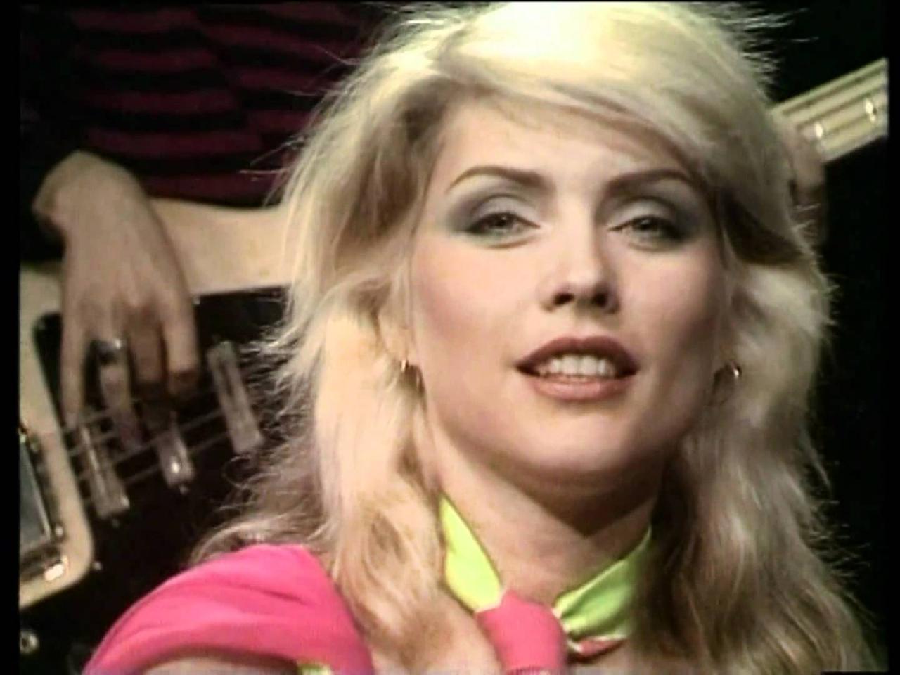 画像: Blondie Heart of glass HD youtu.be