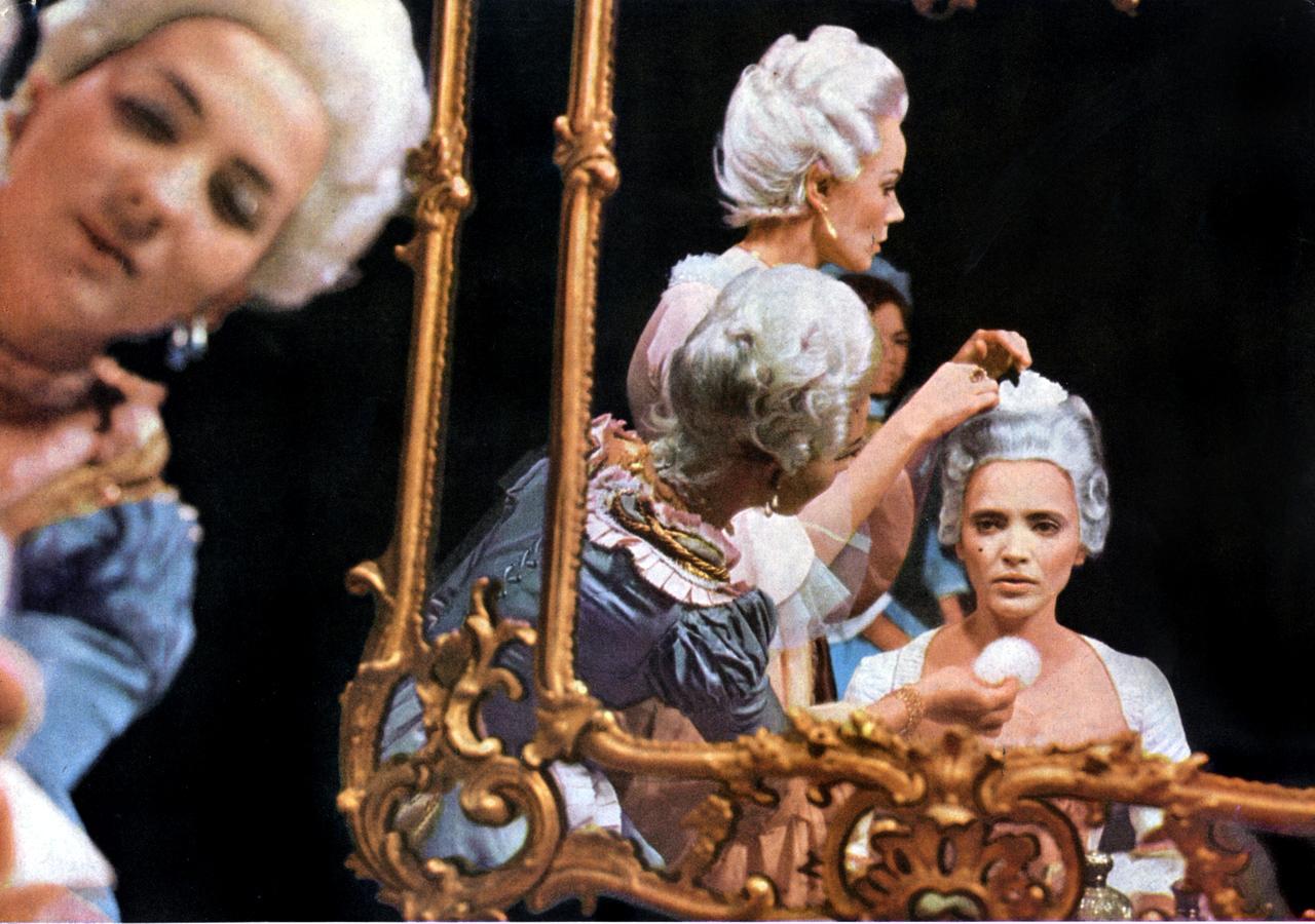 画像2: 発表当時「上映禁止」となった問題作 アンナ・カリーナの美しさが際立つ、至高のフィルム
