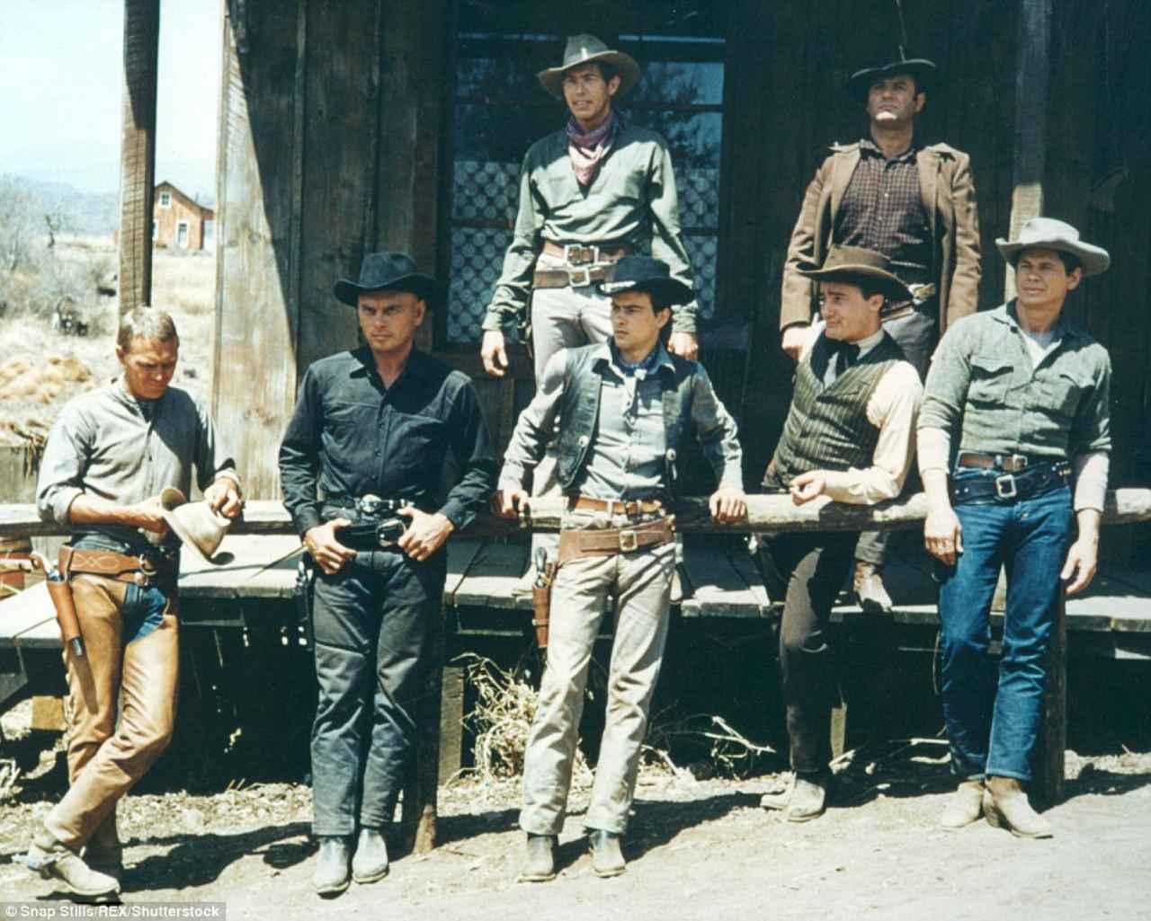 画像2: http://www.dailymail.co.uk/tvshowbiz/article-3548422/Denzel-Washington-Chris-Pratt-pistol-packing-gunslingers-pics-Magnificent-Seven-remake.html