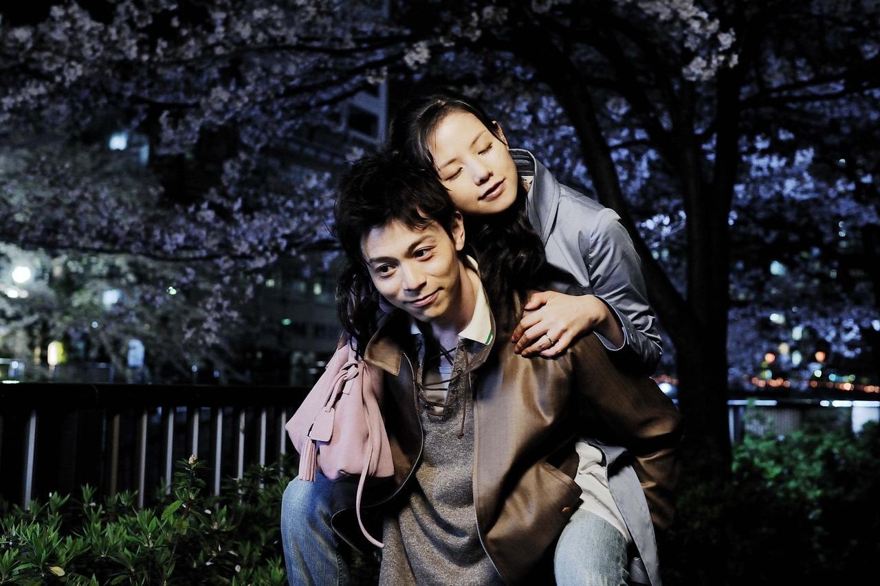 画像2: 父と娘、夫婦、そして家族。それはいつの時代にも大切な存在。