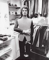 画像: Paul in his First shop:ポール・スミス1号店 © Paul Smith Ltd.