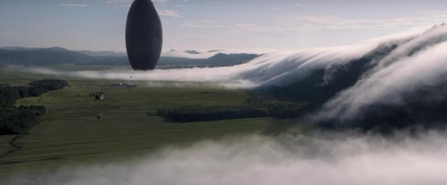 画像1: http://collider.com/arrival-trailer-amy-adams-jeremy-renner/