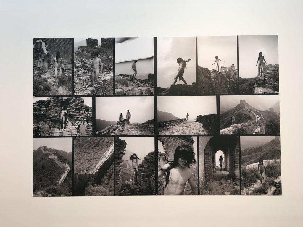 画像: 馬六明 Ma Liuming (中国) Great Wall C-print 2004