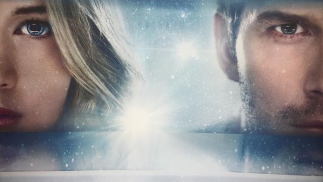画像: 今年の年末ジェニファー・ローレンスはこれ!SF映画『Passengers』海外予告が解禁!共演はクリス・プラット! - シネフィル - 映画好きによる映画好きのためのWebマガジン