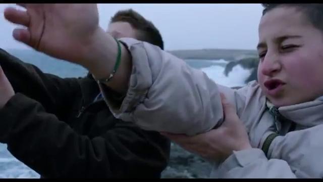 画像: Fire at Sea (Fuocoammare) 2016 Film Trailer youtu.be