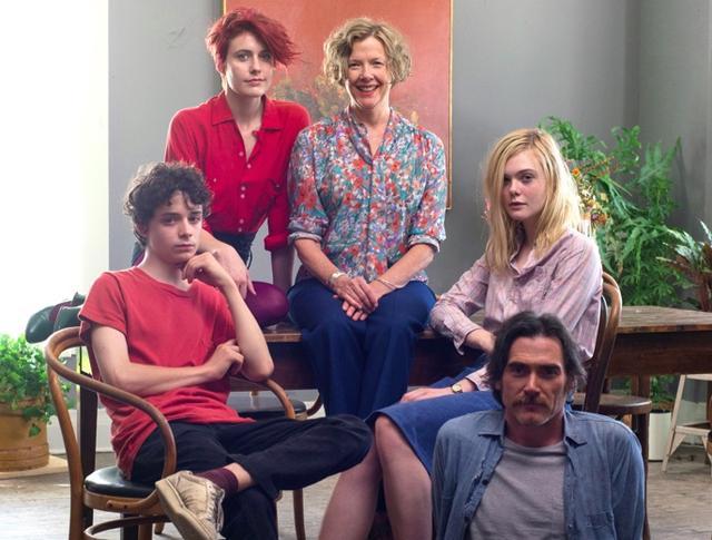 画像: http://www.indiewire.com/2016/09/20th-century-women-trailer-annette-bening-greta-gerwig-elle-fanning-1201730532/