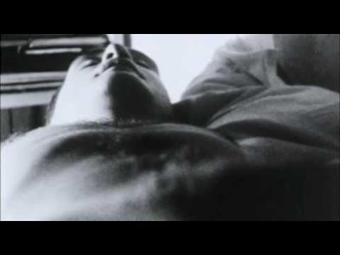 画像: Andy Warhol Sleep youtu.be