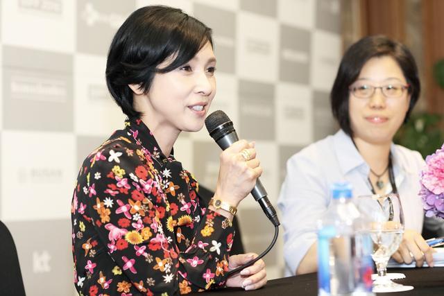 画像: 黒木瞳 「映画界を引っ張っていってくれる女性が増えていくといい」『嫌な女』 釜山国際映画祭で上映! 記者会見&舞台挨拶を実施
