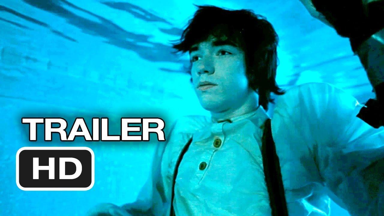 画像: Electrick Children Official Trailer #1 (2013) - Julia Garner, Rory Culkin, Liam Aiken Movie HD youtu.be