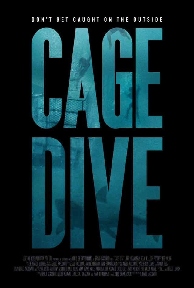 画像2: http://bloody-disgusting.com/exclusives/3409537/cage-dive-finds-footage-latest-shark-attack-exclusive-trailer/