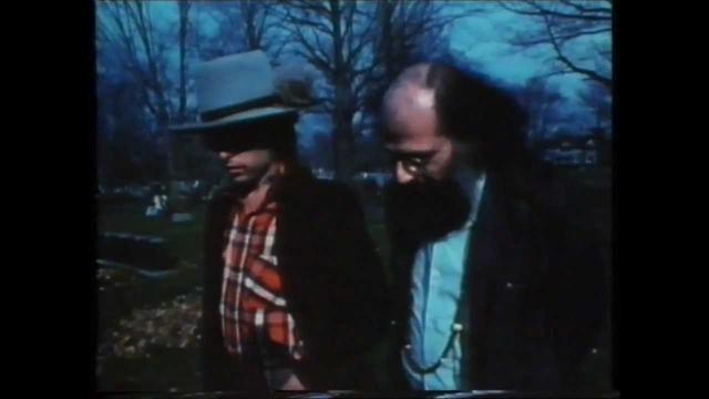 画像: Bob Dylan & Allen Ginsberg @ The Grave of Jack Kerouac youtu.be