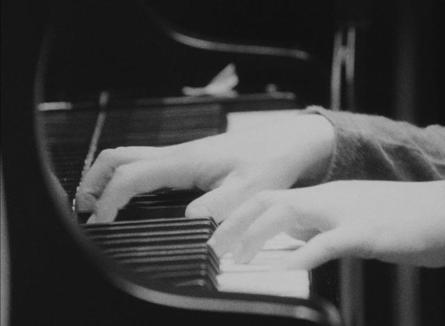 画像2: 映画『SUPER FOLK SONG〜ピアノが愛した女。〜』[2017デジタル・リマスター版]