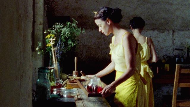 画像2: シネフィルでも大反響を呼んだ『エヴォリューション』公開時に未公開短編『ネクター』も限定公開が決定!新たな儀式の予告!