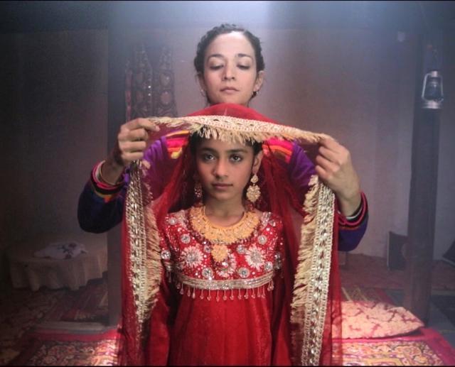 画像1: 日本初となるパキスタン映画の公開!山岳民族間の掟に翻弄される母と娘をめぐるサスペンス『娘よ』!女性、初監督にして世界の映画祭で受賞!