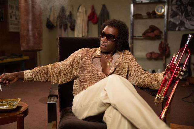 """画像: 連載 まつかわゆまのカレイドシアターNo.40 """"TIFF2016受賞結果""""&ジャズミュージシャンのフィクショナルな伝記映画『ブルーに生まれついて』『マイルス・デイビス 空白の5年間』"""