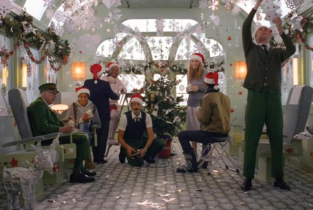"画像: Wes Anderson directs H&M's 2016 Holiday Film, ""Come Together"""