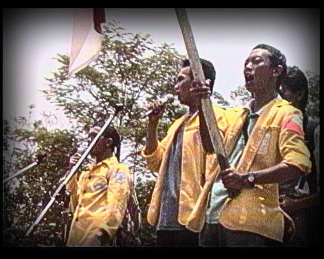 画像: ●9808 -インドネシア民主化10年目のアンソロジー 9808 Antologi 10 Tahun Reformasi Indonesia/9808 Anthology of 10th Year Indonesian Reform 2008年|115分|デジタル