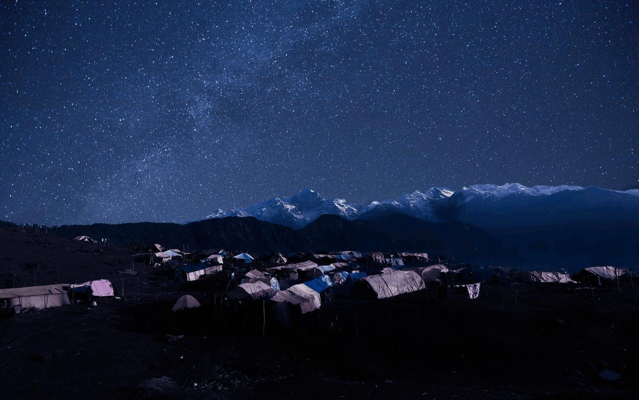 画像2: こんなに美しく星が輝くネパールの震災地のラプラック村。写真家 石川梵の初のドキュメンタリー映画『世界でいちばん美しい村』公開!