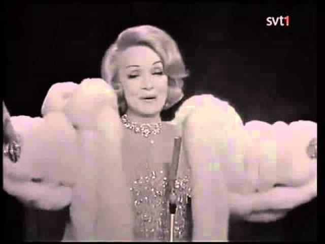 画像: Marlene Dietrich - La Vie en Rose youtu.be