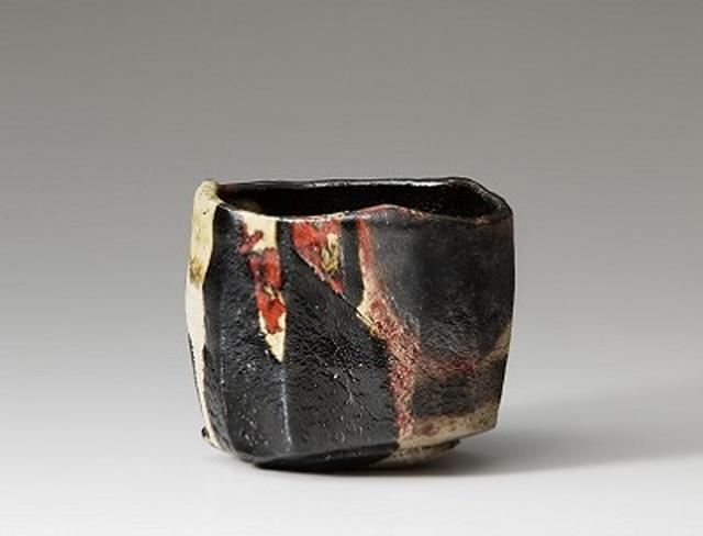 画像: 十五代 吉左衞門 焼貫黒樂茶碗 銘 暘谷 平成元年(1989) 個人蔵