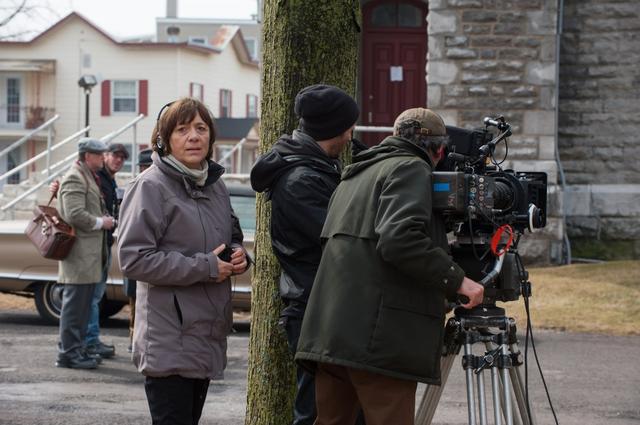 画像1: 撮影中のレア・プール監督