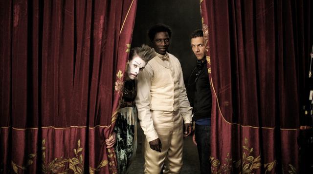 画像: ロシュディ・ゼム監督と主演のオマール・シー、ジェームス・ティエレ